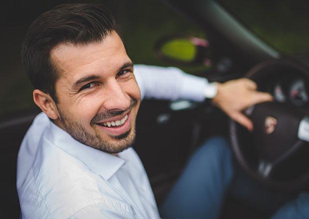 Zánovní vozy jsou na rozdíl od nových dostupné okamžitě a jsou levnější, říká manažer Mototechny
