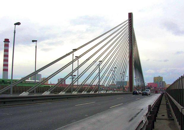 Praha poslala odborníky prozkoumat Lanový most na Jižní spojce