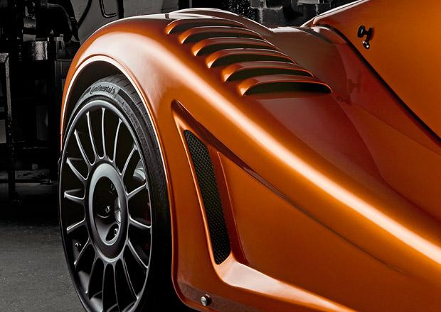 Morgan připravuje premiéru závodními vozy inspirovaného modelu Aero GT
