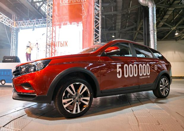 Bývalá továrna Moskviče slaví 5 milionů postavených aut. Jubilantem je Lada Vesta SW
