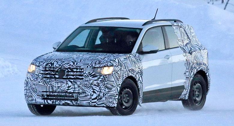 Nový Volkswagen T-Cross poprvé zachycen. Co nabídne chystané Polo SUV?
