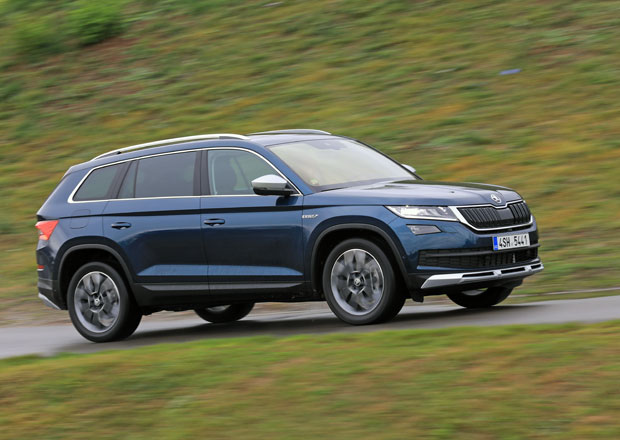 České prodeje aut byly v roce 2017 rekordní. Které modely byly nejžádanější?