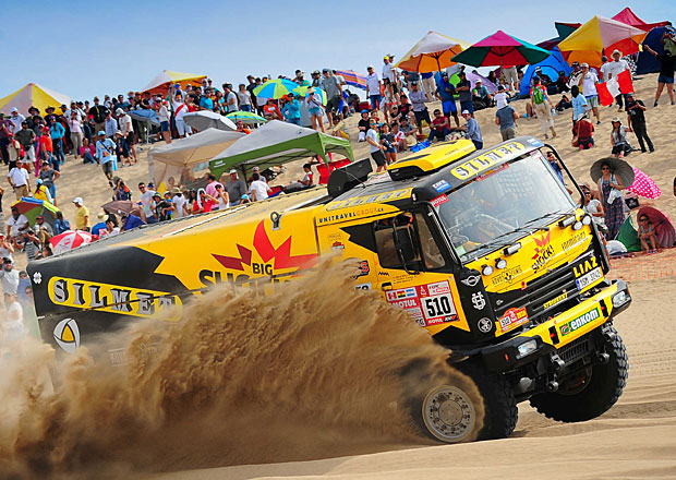 Dakar 2018 – 2. etapa: Loprais znovu na stupních