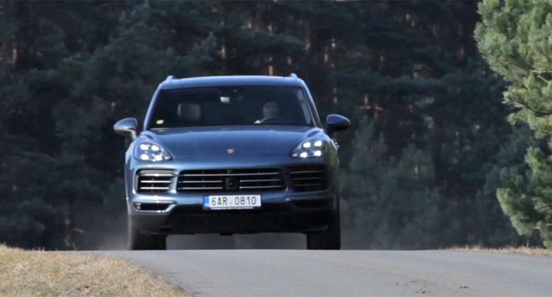 Rychlé kolo s Porsche Cayenne S: I SUV může být zábavné!