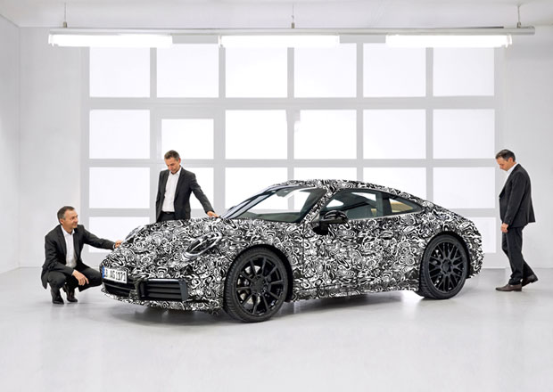 Porsche 911 potvrzeno jako plug-in hybrid a může mít výkon kolem 700 koní