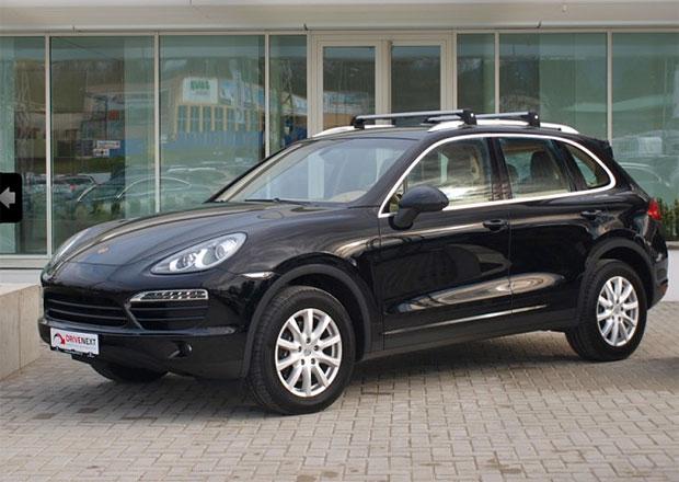 V Česku je k mání Porsche Cayenne s manuálem! Takových moc nepotkáte