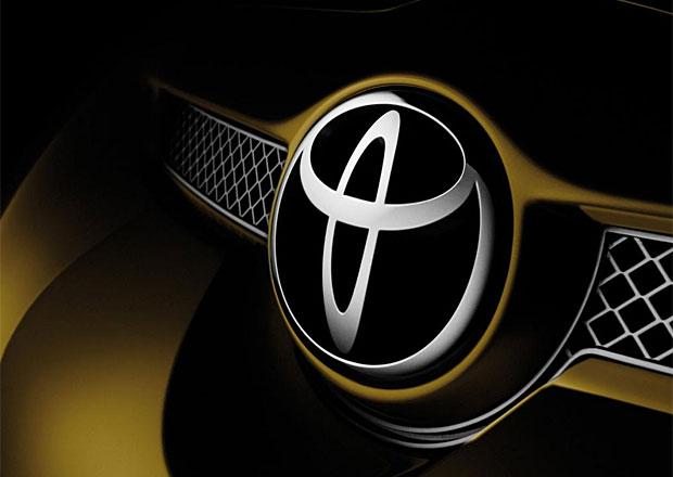Toyota si zahrála na malého chemika a vymyslela další snížení ceny elektromobilů