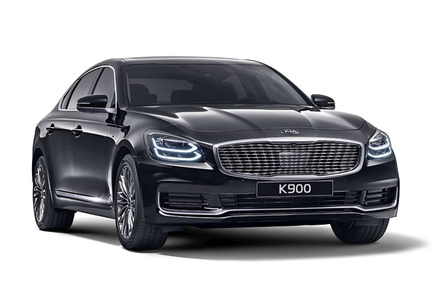 Kia K900 v nové generaci. Jaká je korejská odpověď na S-Klasse a 7-Series?
