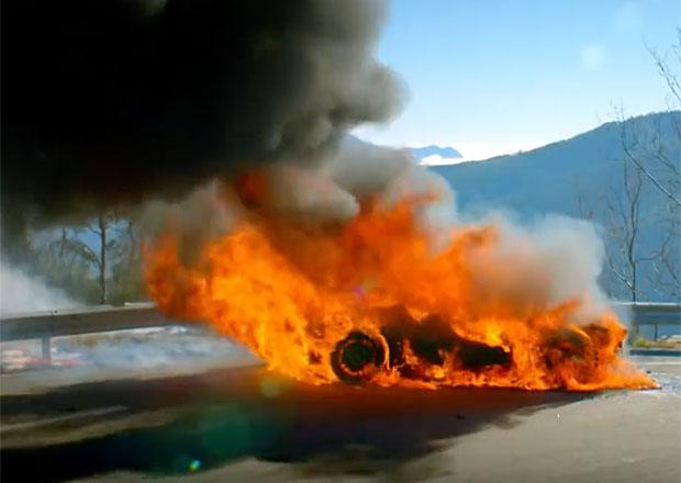 Top Gear láká na poslední díl série. Uvidíme v něm proslavený požár Alpine A110!