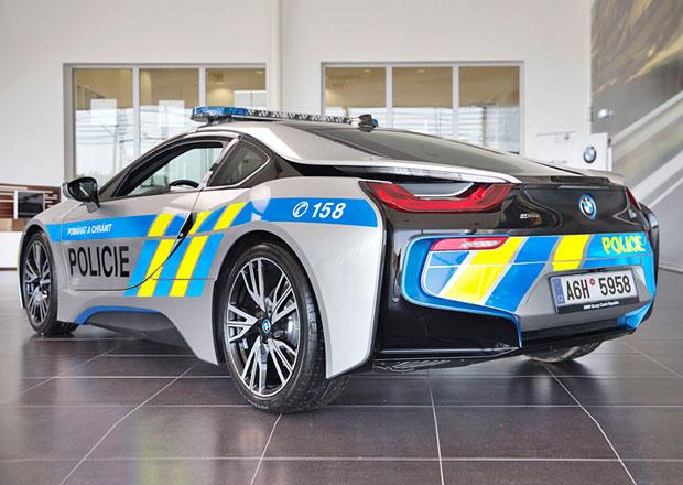 Policie zkouší v Plzeňském kraji superrychlé BMW, je spokojená