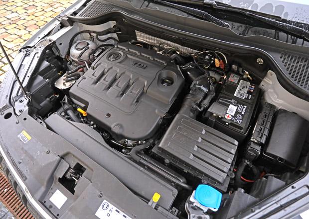 Jak je to s tím tajemstvím loga Škodovky na krytu motoru? Podívejte se s námi pod kapotu Kodiaqu