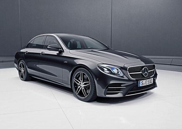 Mercedes E přijíždí v nové verzi od AMG. Kolik stojí hybridní sportovec E 53?