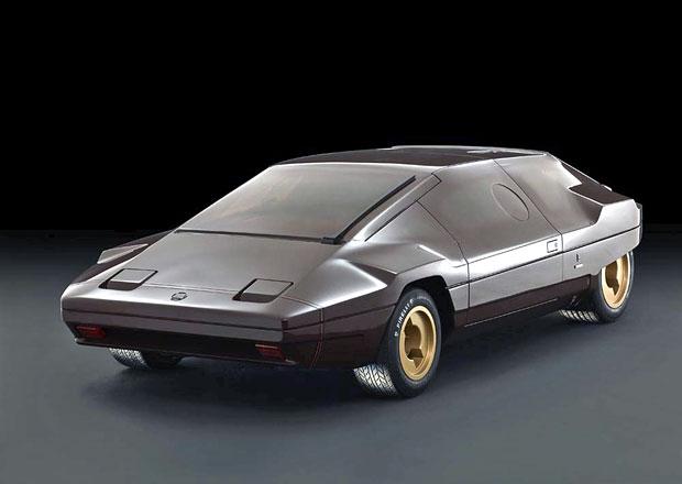 Lancia Stratos Sibilo (1978): Gandiniho hnědý klín s originálním volantem