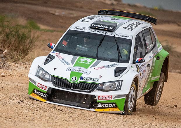 Vojta Štajf poznává v Jordánsku nový rallyový svět. A s Fabií R5 mu to jde docela dobře