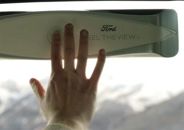 Ford představuje speciální technologii. Nevidomí si díky ní užijí jízdu v autě mnohem více