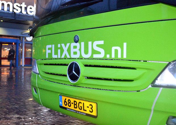 FlixBus rozšiřuje nabídku o nové turistické linky na Lipno i k Balatonu