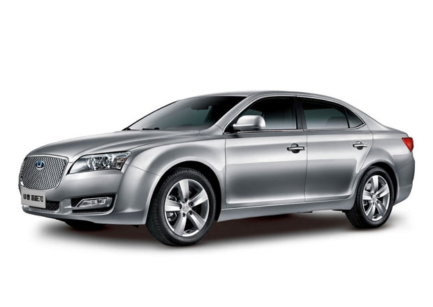 Růst prodeje aut v Číně v dubnu výrazně zrychlil