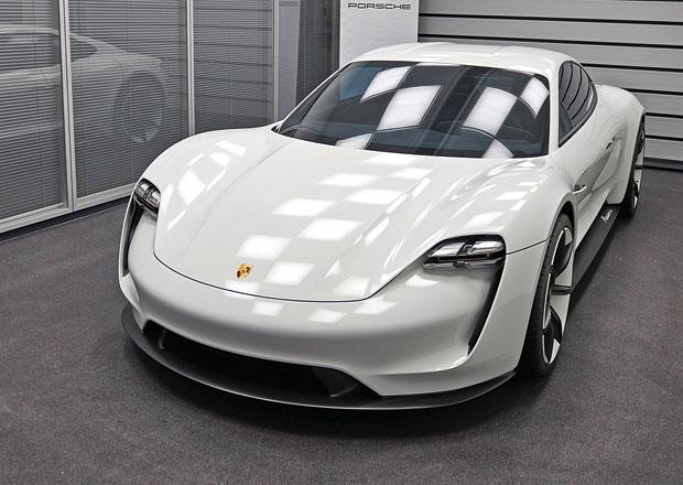 Na návštěvě v továrně pro Porsche Mission E: Tady elektřině opravdu věří!