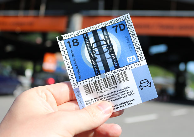 Chorvatsko autem. Kolik stojí dálniční známky? A jaké kde hrozí pokuty?