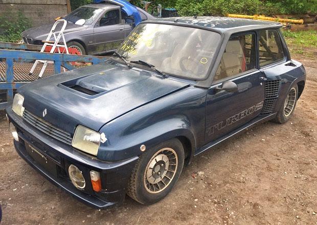 Na prodej je vzácný, málo jetý Renault 5 Turbo 2: Za kolik se nakonec vydraží?