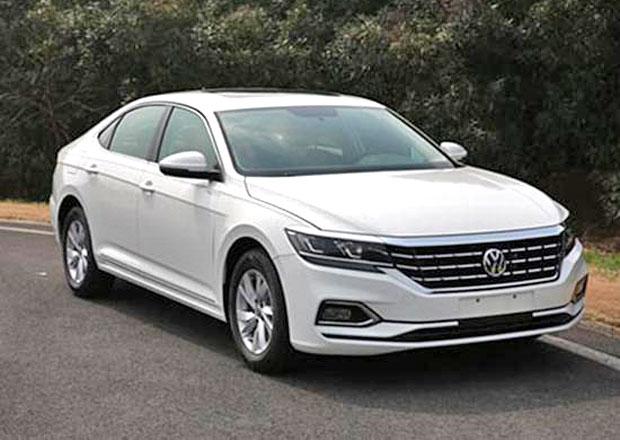 Čínské fotky odhalují omlazený VW Passat. Bude z něj baby Arteon?