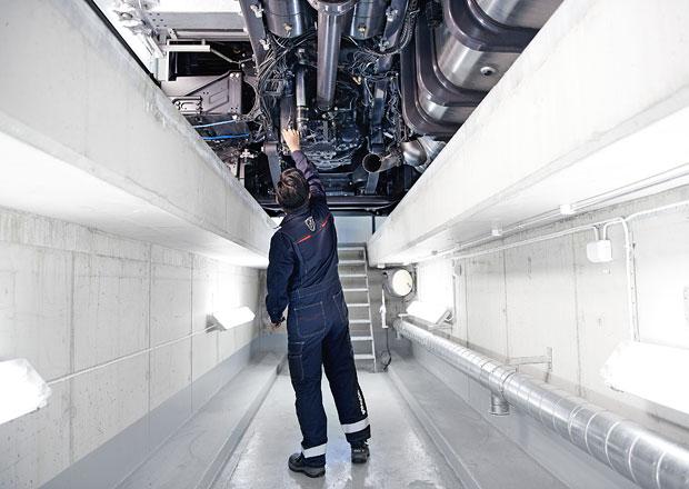 Scania podporuje mladé automechaniky