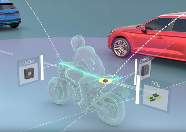 V jedné stopě bezpečněji: Prostor kolem motorky mají sledovat kamery
