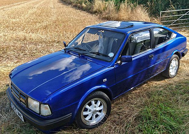 Tohle rozhodně není obyčejný Rapid: Škoda K-Rapid dostala v Británii motor z Roveru