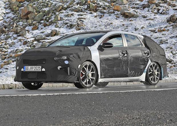 Kia Proceed GT: Atraktivní shooting brake zachycen špiony. Na tohle se těšíme!