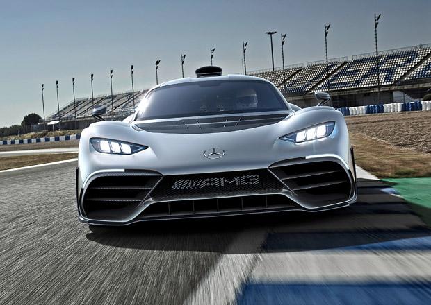 Nová zbraň stříbrných šípů: Pod taktovkou AMG vzniká konkurent Porsche Cayman