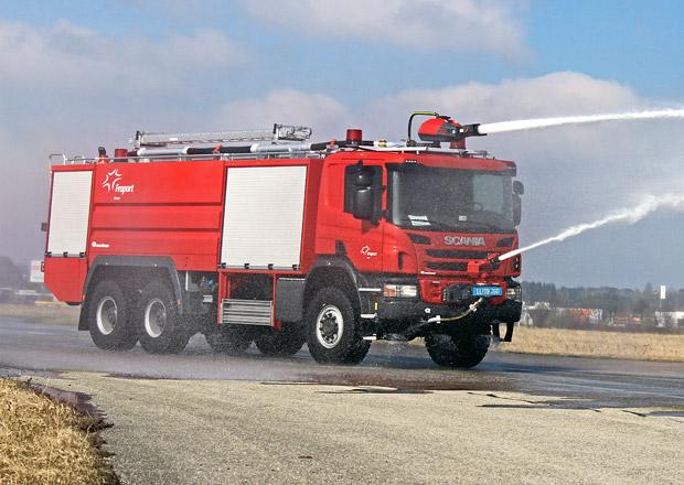 Scania dodává hasičské speciály pro letiště v Řecku