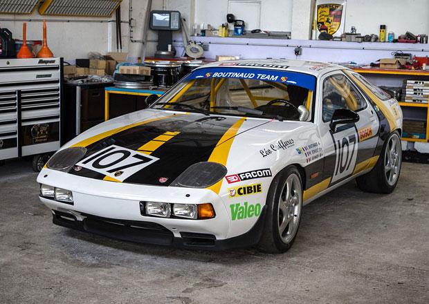 Příběh jediného Porsche 928 z Le Mans. Nikdy se nevzdát!
