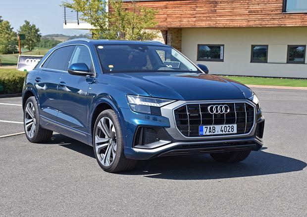 S Audi Q8 v Česku: SUV kupé na výmolech. A přijela i A6
