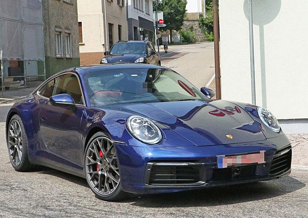 Nová generace Porsche 911 poprvé bez maskování!