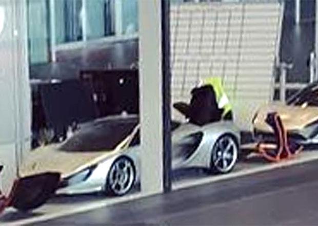 McLaren rozvířil diskuze jedinou fotkou. Odhalil nedopatřením nový model?