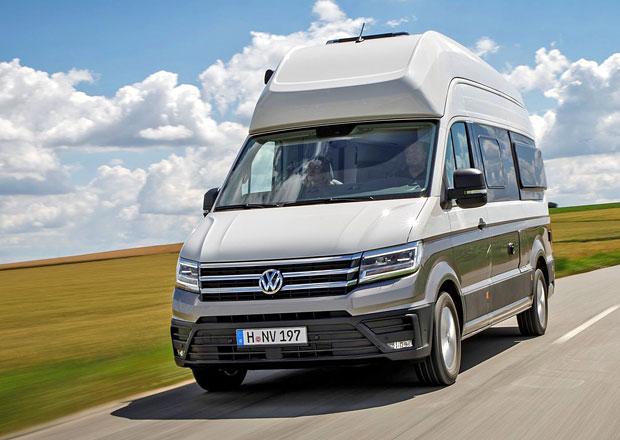 VW Grand California: Plnohodnotný bydlík pro čtyři se představuje v sériové podobě