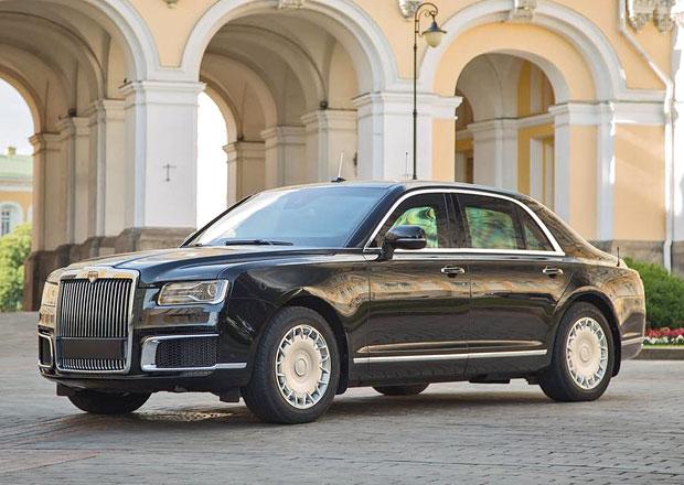 Luxusní Putinovu limuzínu doplňují další modely. Podívejte se na bratry Aurusu Senat