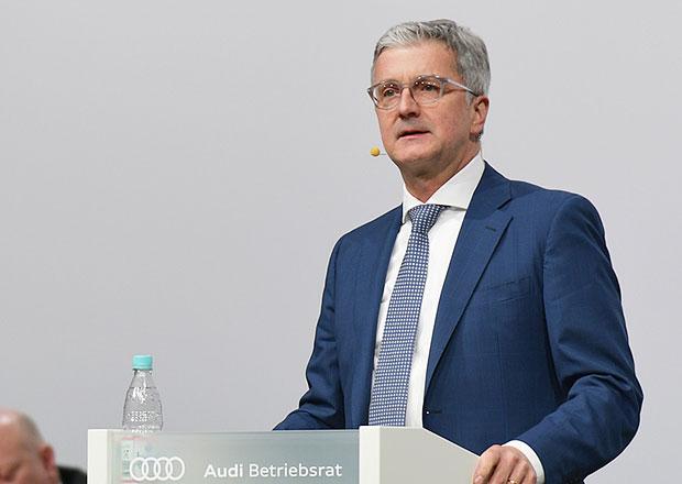 Suspendovaný šéf Audi zůstává ve vazbě, soud mu nevyhověl