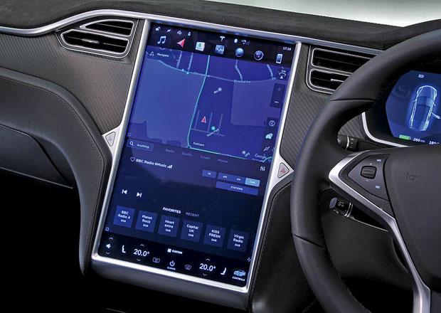 Tesla bude jako mobilní telefon: Bez správného PIN se nehne!