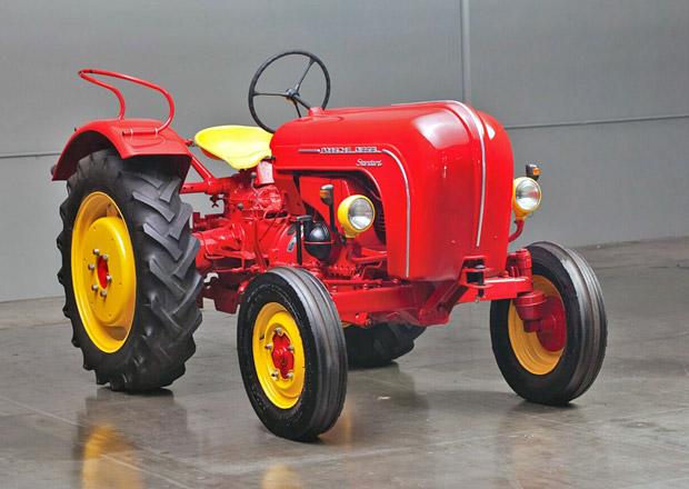 Na slavném americkém okruhu si zazávodí zajímavá Porsche. Traktory!