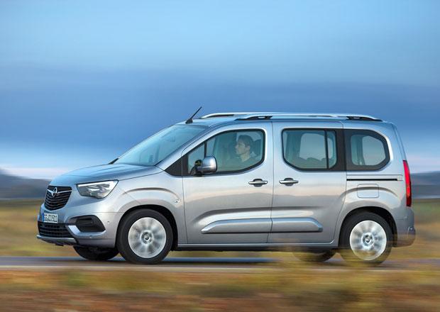 První dojmy: Opel Combo je třetím do party povedených osobních dodávek