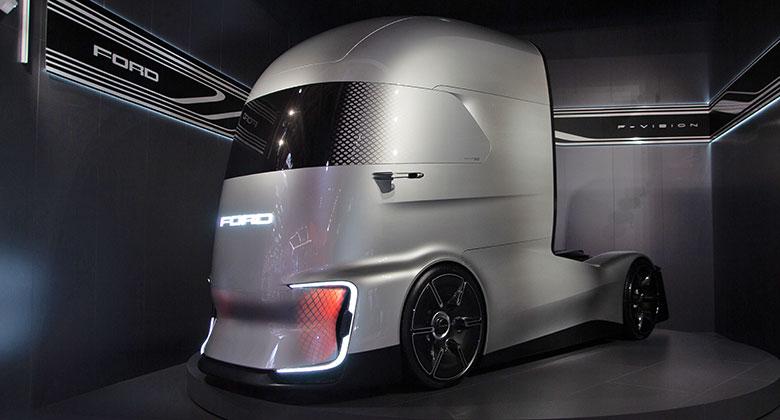 Byli jsme na IAA Hannover 2018: I mezi užitkáči je budoucnost autonomní a elektrická!