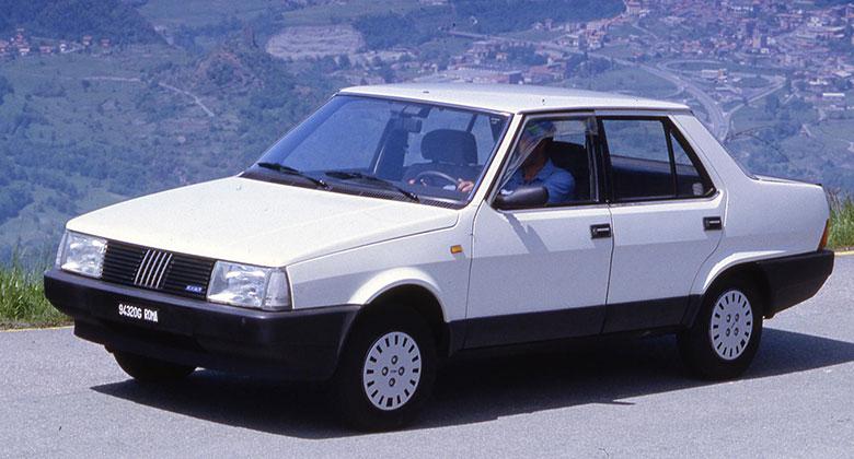 Fiat Regata (1983-1995): Pohledný sedan se představil před 35 lety v Brně