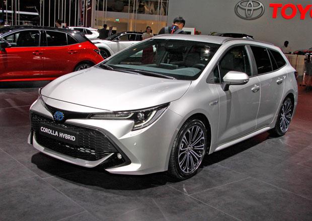 Paříž 2018 živě: Toyota Corolla Touring Sports je výrazný kombík nabízející dvě hybridní verze