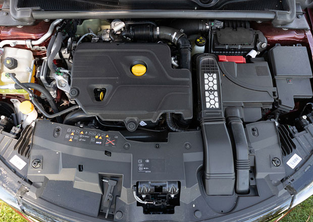 Také Renault omezí nabídku turbodieselů. Nahradí je hybridy