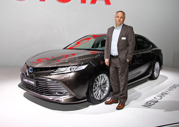 Proč hybridní Toyoty nemají turbo a jak Mirai prošel emisními normami? Odpovídá specialista značky