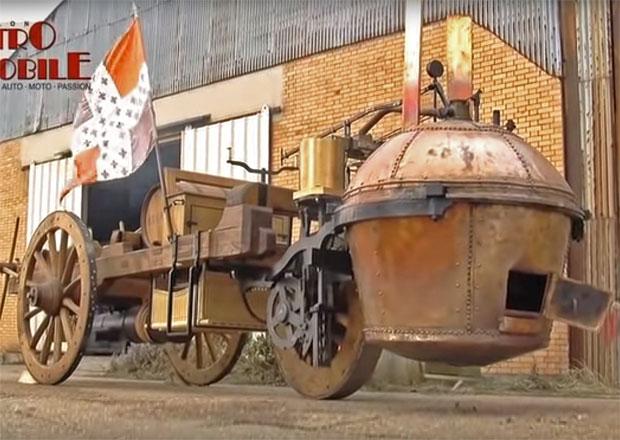 """Úplně první """"auto"""" mělo parní pohon a je starší než Benzův patentovaný motorový vůz"""