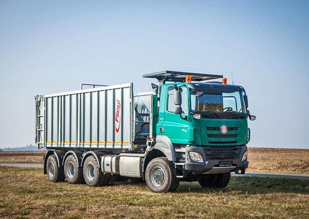 Tatra Phoenix 8x6 jako nosič výměnných nástaveb pro zemědělce