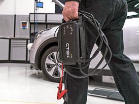 Nespolehlivost baterií moderních aut: Jak je to ve skutečnosti s jejich výdrží?
