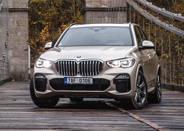Provozní zisk automobilky BMW výrazně klesl